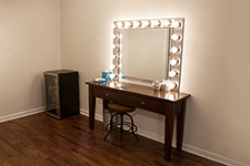 Photo Studio Hollywood Mirror
